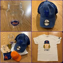 New York Mets 100 Cotton Tee Shirt Size L + Hat And 2 Plastic Souvenirs