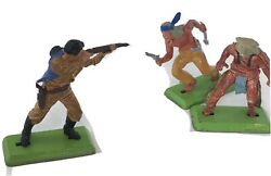 Britains Deetail Lot Of 3 Vintage 1971 Cowboy And Native Indians Diorama Toys