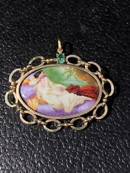 Vintage 14k Solid Gold Emerald And Enamel Reclining Lady Pendant Signed Aoika