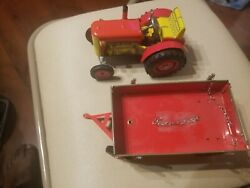 Vintage Tin Wind Up Toy Tractor And Trailer Zetor