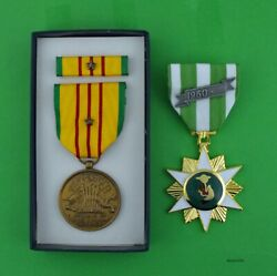 Vietnam Campaign Medal And Gi Issue Vietnam Service Medal Set With 1 Campaign Star