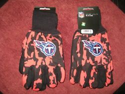 Two Pair Of Tennessee Titans Sport Utility Gloves From Forever Collectables
