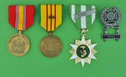 Vietnam Campaign, National Defense And Service Medal With 2 Stars, Expert Rifle