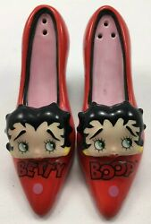 Betty Boop Salt And Pepper Shakers, Red High Heel Shoes, Collectible  {z1}