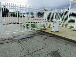 Automated Vehicular Security Gate With Stop And Go Light For Commercial Building