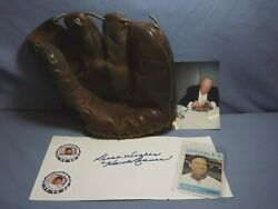 Hank Bauer Autograph Collection Glove Casino Chip With Provenance And Coa Mlb L@@k