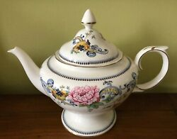 Vintage Crown Staffordshire English Porcelain Chelsea Manor Teapot And Lid Rare
