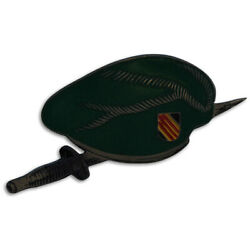 Wartime Us Special Forces Green Beret And Stiletto Dagger Beercan Di