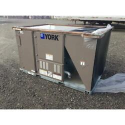York Zj078n12r2a1aaa1a1 6-1/2 Ton 2 Stage Rooftop Gas/elec Ac 11.8 Eer 3-phase