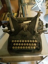 Antique Oliver Visible Typewriter No. 9 Batwing. Comes With Case Cover.