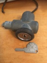Alf Romeo Sipea Ignition Switch 105 Cars '66 To '79 - As Is