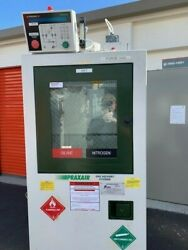 Used Praxair Two Bottle Gas Cabinet W/ Ultrapurge Up100 Controller