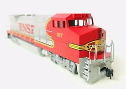Walthers Ho Scale Bnsf Ge Dash 8 40b Locomotive Mrc Dcc Equipped 517