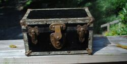 ANTIQUE BASSET SALESMAN SAMPLE TOY TRUNK NO TRAY 9quot; X 5quot; X 5quot;