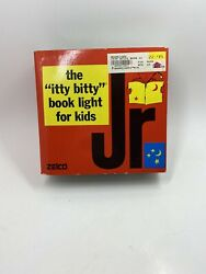 Vintage 1982 Zelco The Itty Bitty Book Light Had Battery Operated Red And Yellow