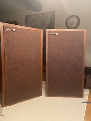 Excellent Pair Of Vintage Rectilinear Research Corp. Xii Speakers- Usa Made