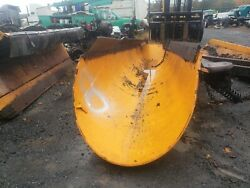 Heavy Duty Roll To The Right / 11and039 Ft / Snow Plow / Hydraulic / Truck Tractor