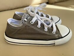 Converse All Star Kids Size 10 Gray Excellent Condition $20.00