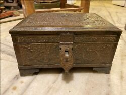 1800's Ancient Brass Hand Crafted Fine Floral Merchant Box Money Box Trunk