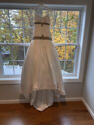Kenneth Pool Pearl White Wedding Dress With Train Size 6 Exquisite Detailandnbsp