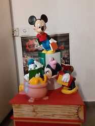 Unique Disney Store Display Statue Diorama Mickey Minnie Goofy Pooh Mouse Works