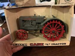 Case L Toy Tractor Red Steel Wheels 1/16 Scale New In Boxandnbsp