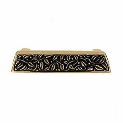 Vicenza Designs San Michele Finger Pull, Polished Gold/antique Brass