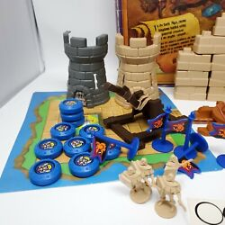 1983 Crossbows And Catapults Battle Game Set Made By Lakeside