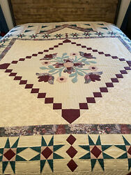 Quilt Designs Original Quilt -1992 - Expertly Hand Quilted - Hard To Find