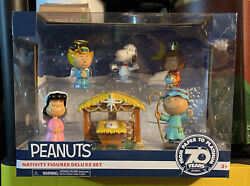New Peanuts Nativity Figures Deluxe Set Stable Manger Snoopy Charlie Brown Lucy+