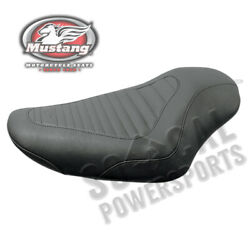 Tripper Seat Front Width-11in Tuck And Roll 4.5gal Xl883r 883 Roadster 2005-2007