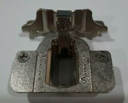 New Amerock 2010e-32 35mm 105 Degree Hinge With 1/2 Overlay Plate 06j