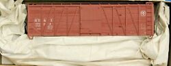 Ho Scale - Accurail 4323 Detroit, Toledo And Ironton 40' O.b. Wood Boxcar - Kit