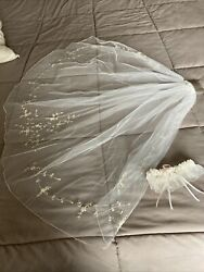Ivory Wedding Veil With Comb And Garter