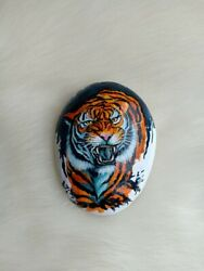 Hand Painted The Colorful Tiger On Natural Rock Stone Art Gift Deco Paperweight