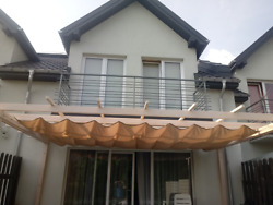 Tailor Made Waterproof Retractable Sun Shade Sail Texitle Roof Extensible
