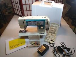 Vintage Dressmaker 7000 Sewing Machine With Parts Cams And Manual Excellent Cond