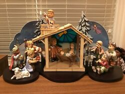 Hummel Children's Nativity Setting - Extensive Display With Stage And Scenery