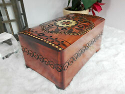 Big 10.6 Brown Wooden Lockable Jewelry Chest Reachly Hand Carved And Decorated