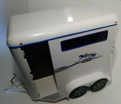Breyer Traditional Size Horse Trailer 2002 Giddy Up