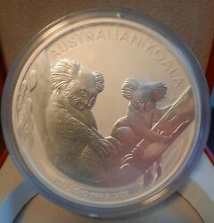 2011 Koala 30 1 Kilo Silver Coin From Perth Mint In Display Box.