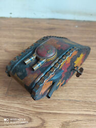 Rare Vintage Wind-up Battle Tank Tin Toy Of 50's Made In Japan Working Order.