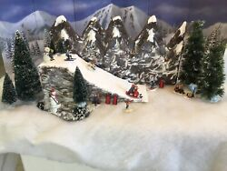 Christmas Village Ski Slope Mountain W Matching Backdrop Fits Well Lemax Dept56