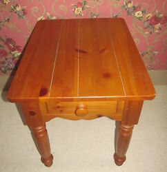 Ethan Allen End Table Farmhouse Weathered Distressed Pine Collection 23 8013