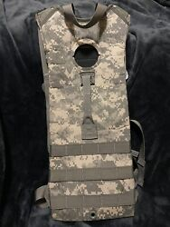 Lot Of 6 Hydration System Carrier U.s. Military Molle Ii Without Bladder 3l