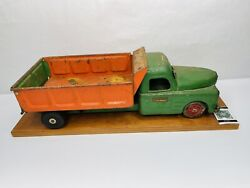 Vintage 1940-50andrsquos Structo Toys Pressed Steel Dump Truck - Green And Orange Metal