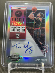 2018-19 Panini Contenders Optic Prizm Rookie Ticket Auto Trae Young Rc