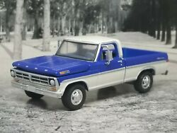 1972 72 Ford F-100 Pickup Truck Collectible 164 Scale Diecast Diorama Model Car
