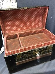Antique Victorian Child Doll Camel Top Steamer Trunk W/tray Wood And Metal Straps