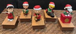 Hallmark 2011 Christmas Peanuts Band Snoopy Linus Lucy Charlie Lucy Wireless